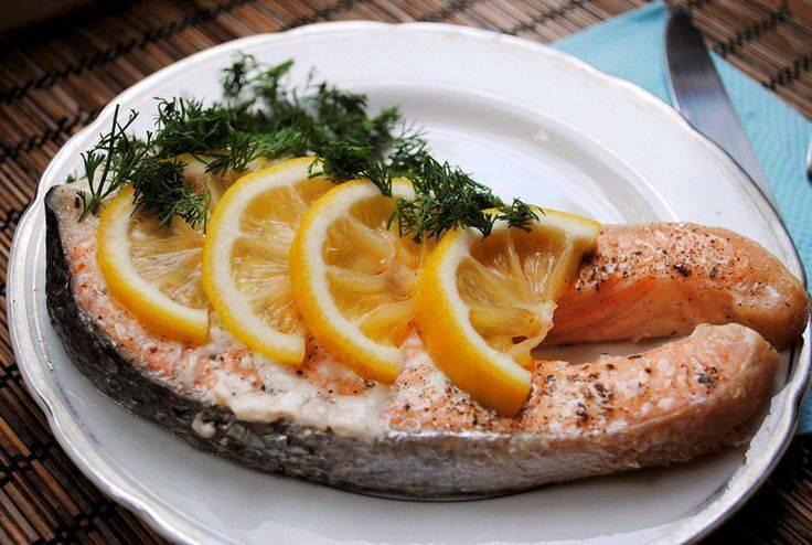 Лосось, запечённый в фольге с овощами – кулинарный рецепт