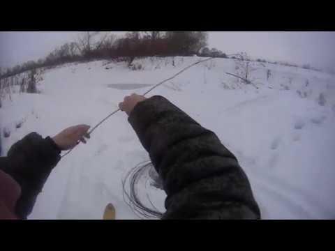 Как ловить зимой рыбу: выбор удочек, снасти, лучшие приманки, особенности и техника ловли, советы рыбаков