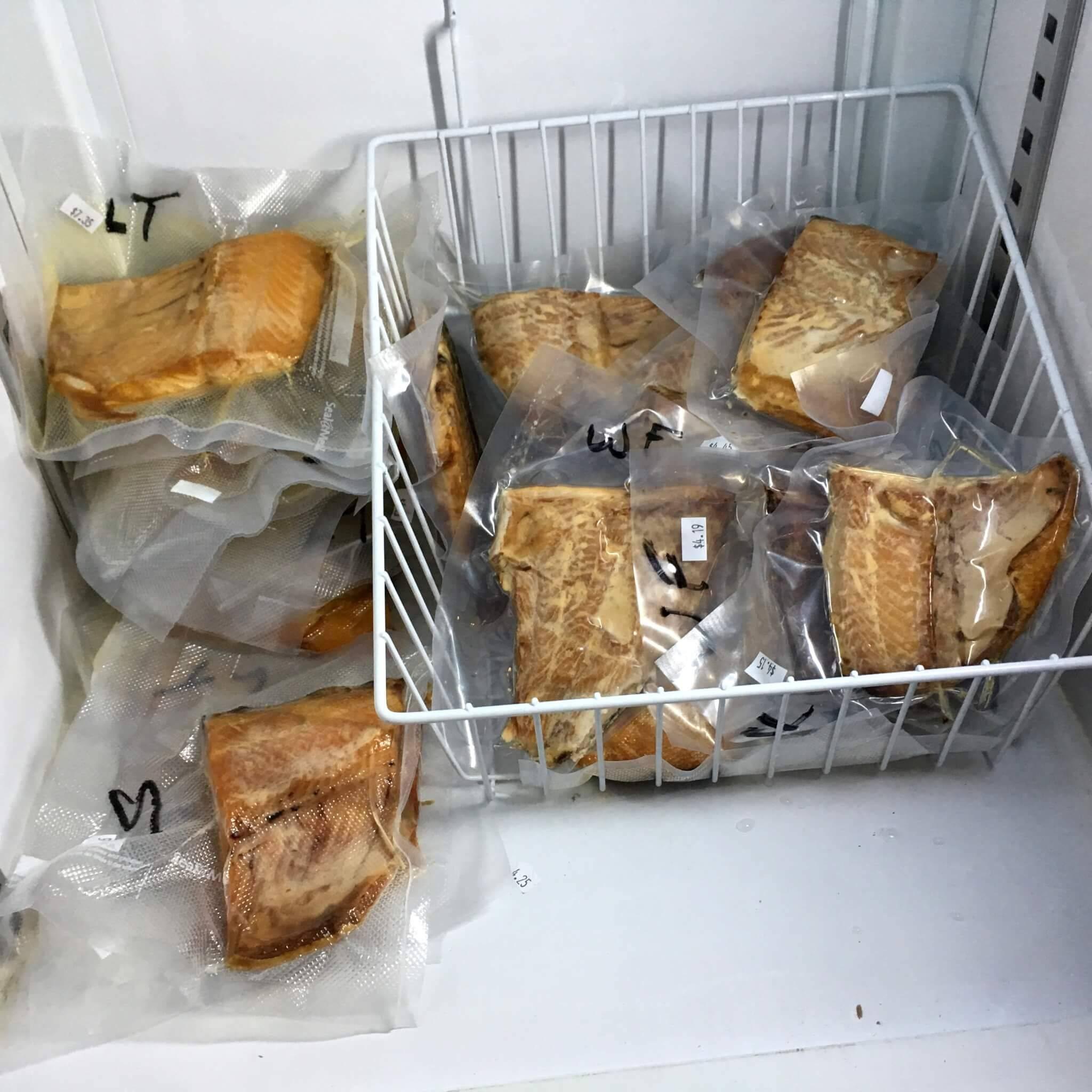 Способы хранения копченой рыбы