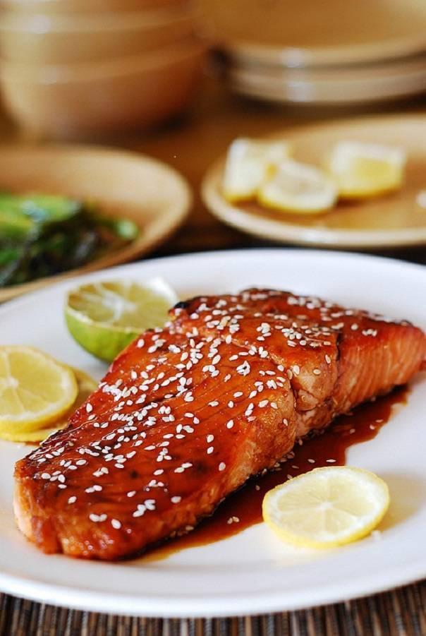 Котлеты из лосося с соусом терияки: рецепт