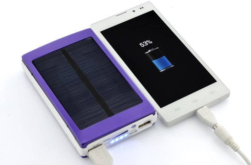 Лучший power bank на солнечных батареях