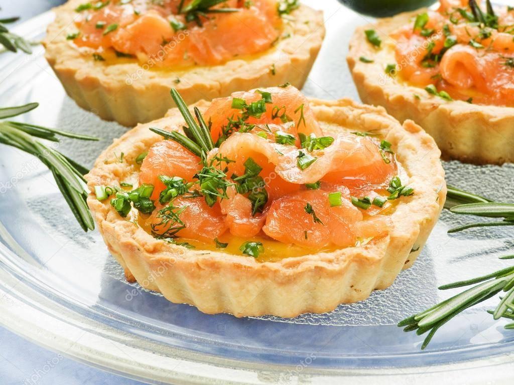 Тарталетки с красной рыбой - вкусная и красивая закуска для фуршета