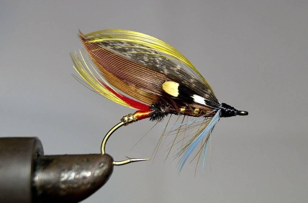 Как связать мушку для рыбалки нахлыстом своими руками? 9 рецептов: нимфы, кузнечики, крючки