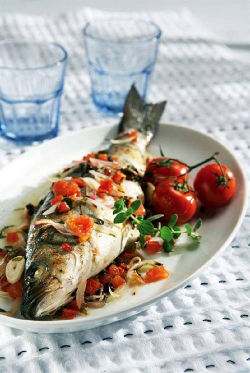 Как правильно приготовить запеченный сибас в духовке: секреты средиземноморской кухни