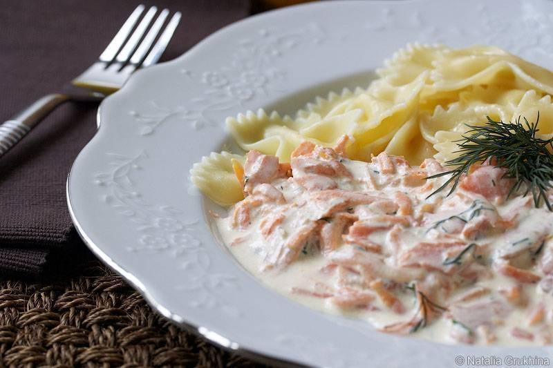 Паста с семгой в сливочном соусе. рецепт с фото