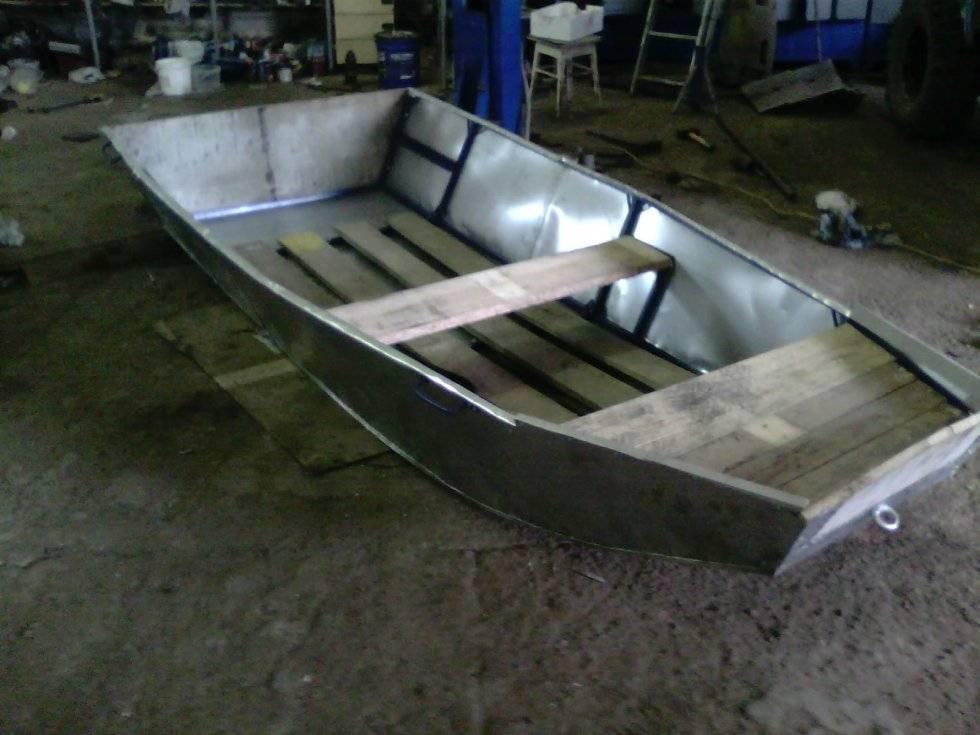 Лодка своими руками - разновидности конструкций, выбор материалов изготовления, мастер-класс по созданию своими руками