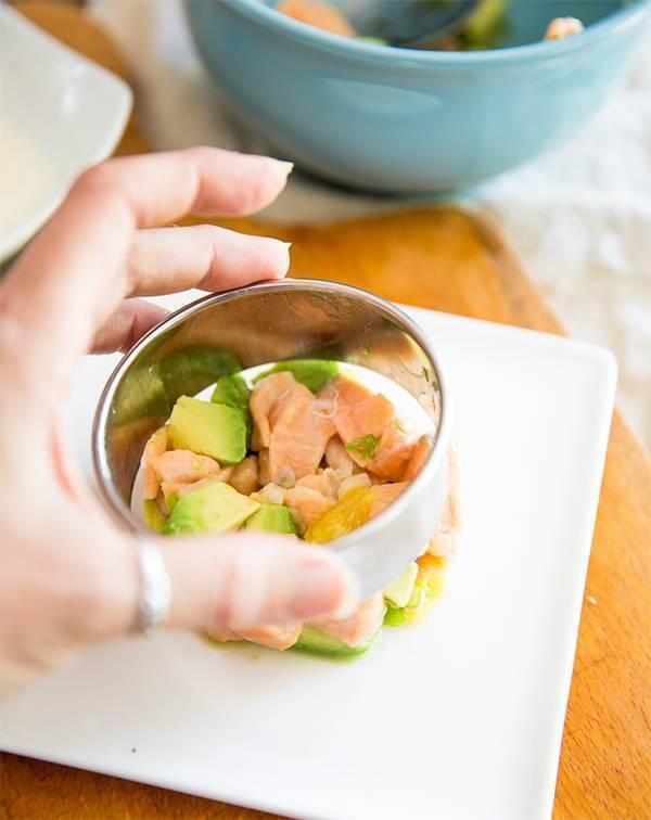 Салат с авокадо и красной рыбой - рецепты с лососем, семгой слабосоленой, горбушей консервированной