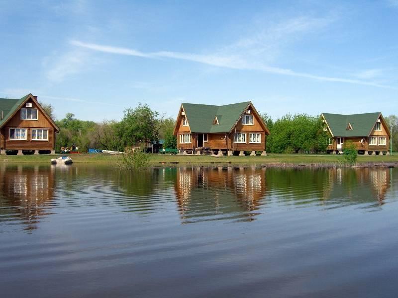 База рыбацкая деревня
