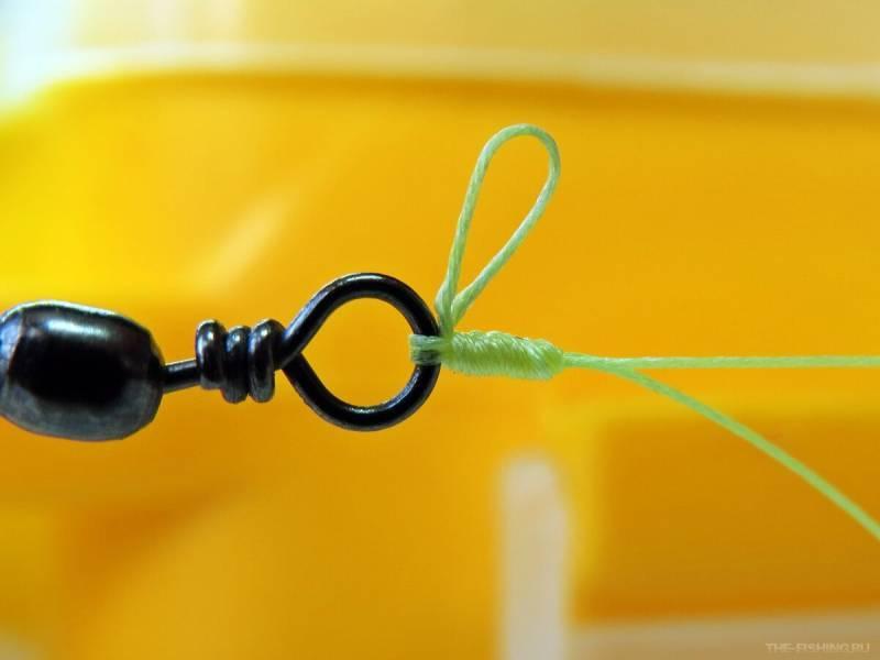 Привязывание карабина к леске
