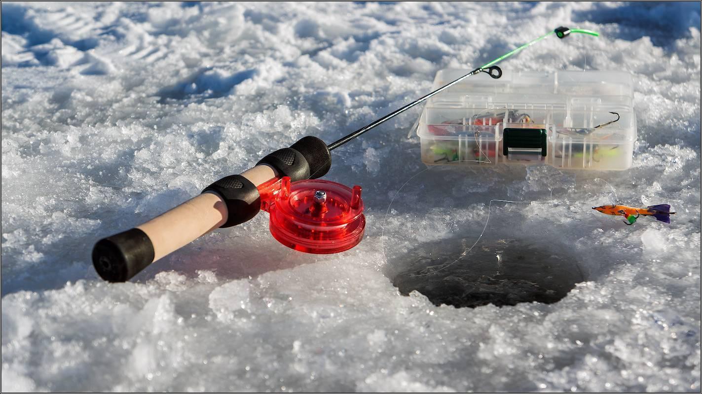 Особенности зимней рыбалки на щуку: тонкости и секреты