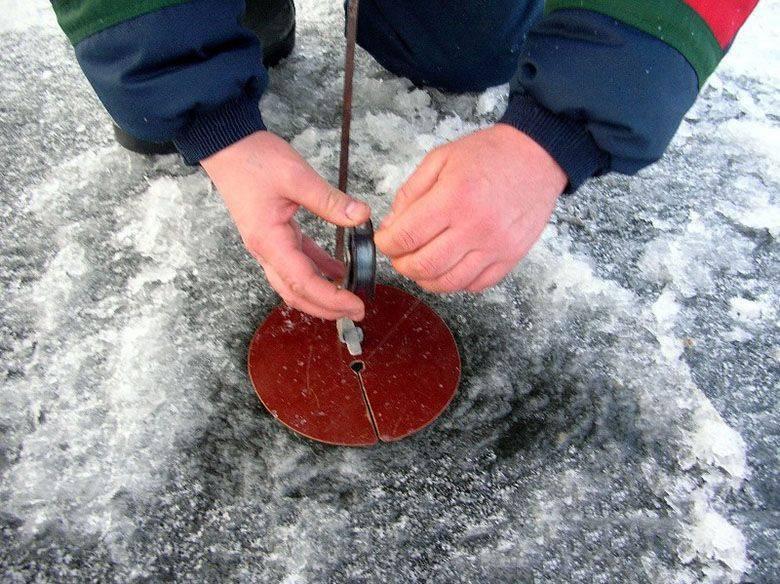 Жерлицы на щуку своими руками - как сделать зимние и летние?