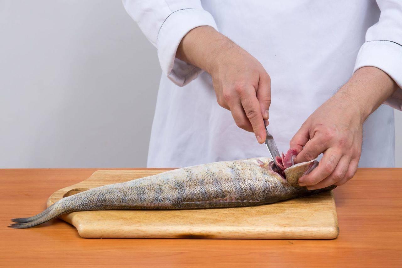 Как разделать щуку на филе без кожи и костей за 2-3 минуты