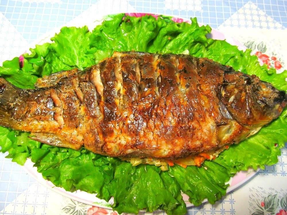 Сазан, запеченный в духовке – кулинарный рецепт