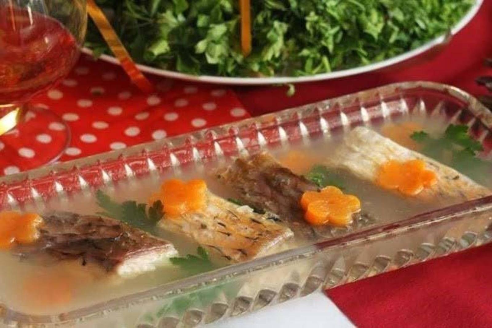 Заливное из рыбы с желатином — рецепт с фото пошагово