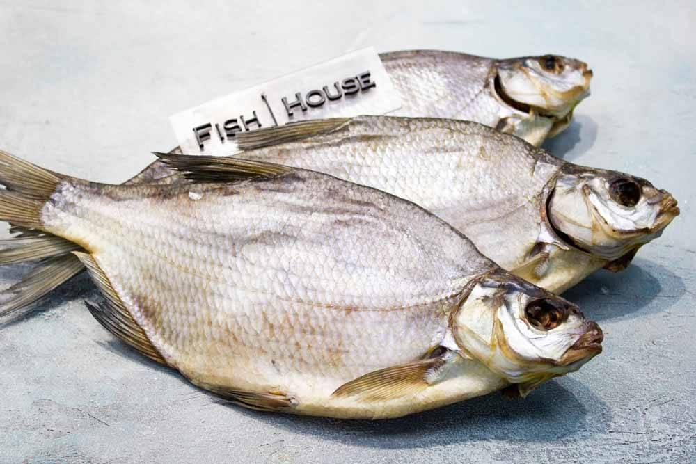 Описание с фото рыбы лещ, её полезные свойства; как приготовить такую рыбу и рецепты с ней