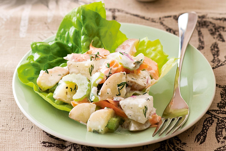 Салат из авокадо и семги с соево-медовой заправкой из кешью рецепт с фото - 1000.menu