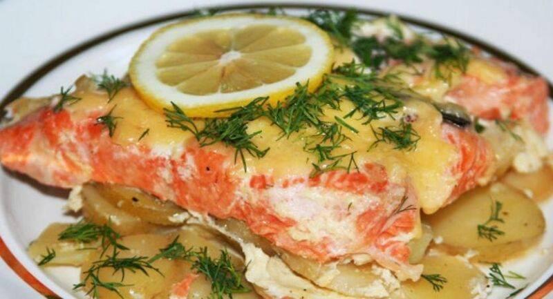 Рыба с картошкой в духовке: рецепты с фото