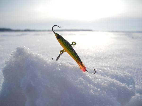 Зимняя ловля на балансир