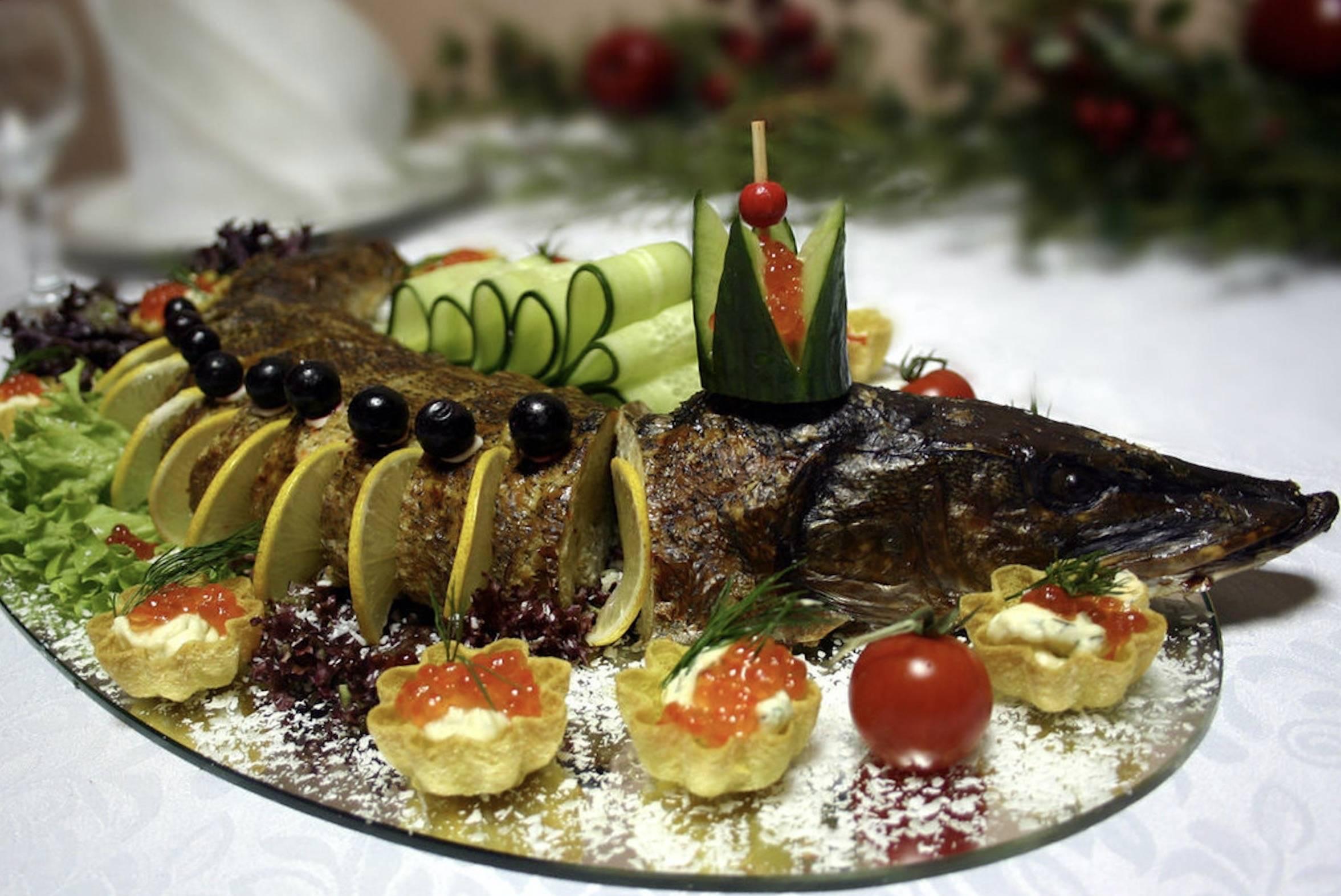 Пошаговый рецепт приготовления фаршированной щуки с фото