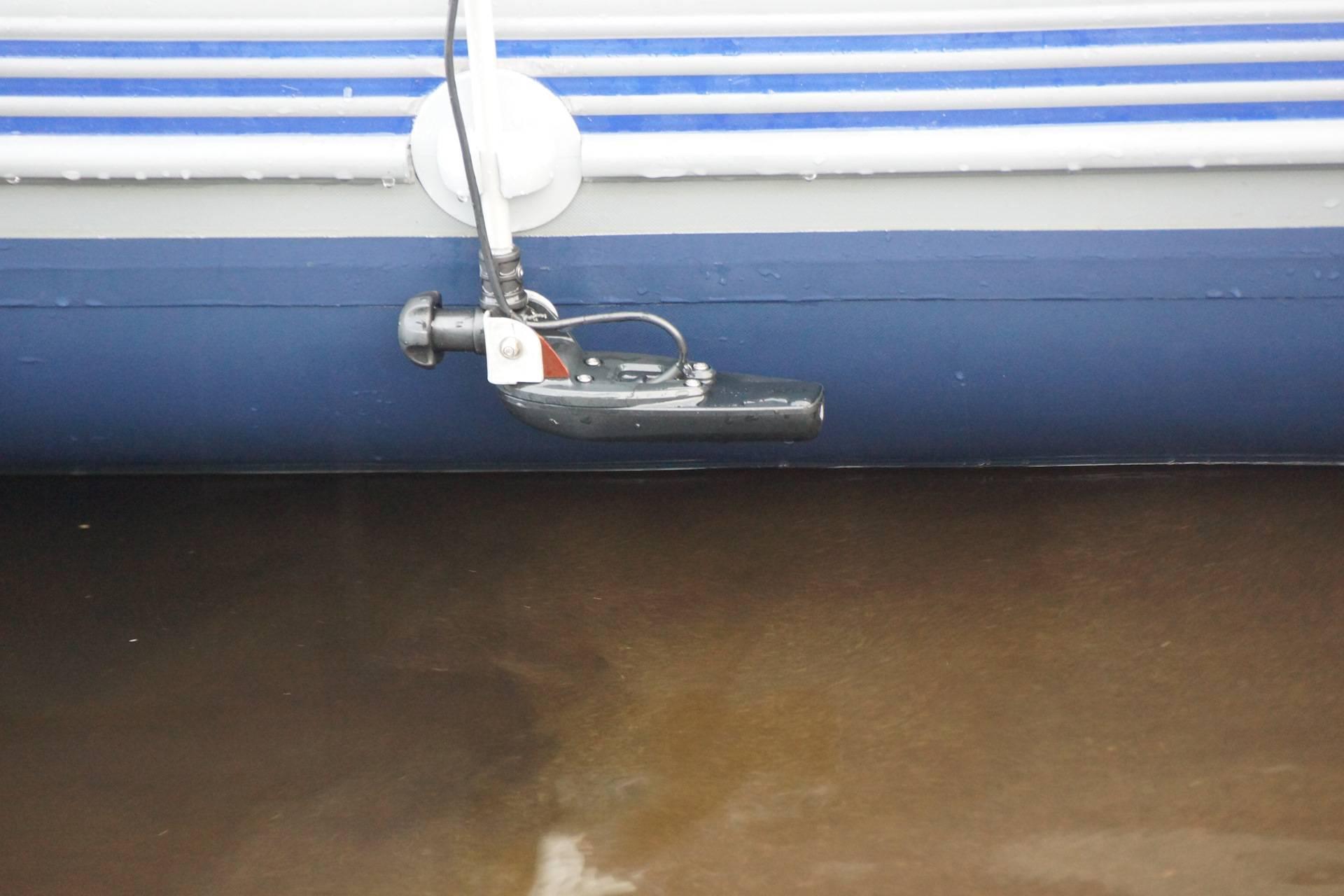 Крепление эхолота на лодку: установка своими руками на катер с мотором. как правильно его закрепить на пвх, алюминиевую или надувную лодку?