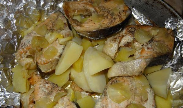 Запеченная рыба с картошкой в духовке - 132 домашних вкусных рецепта