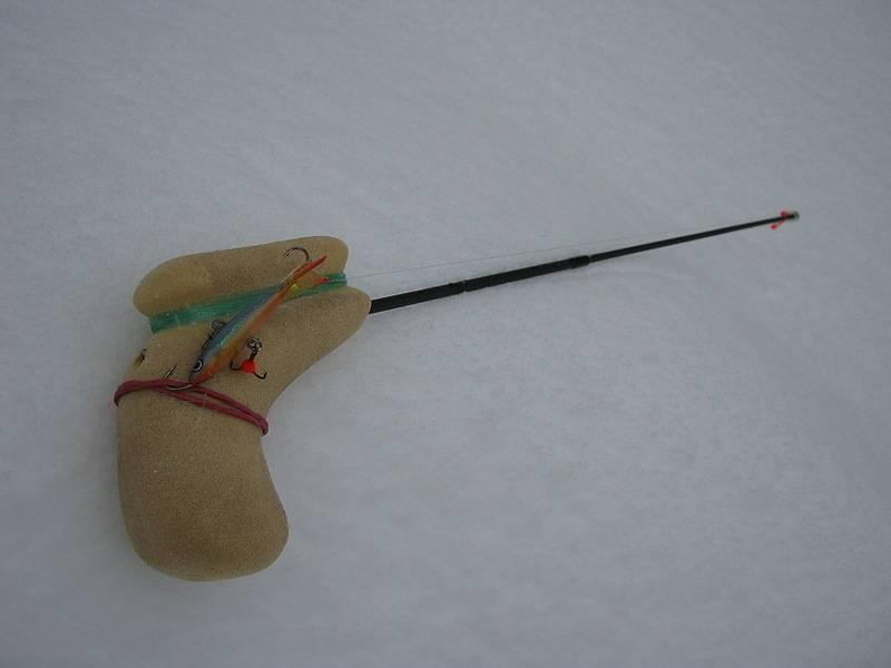 Изготовление зимней удочки для блеснения окуня своими руками