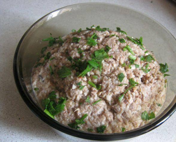 Салат из сайры с яйцом - витамины для мозга: рецепт с фото и видео