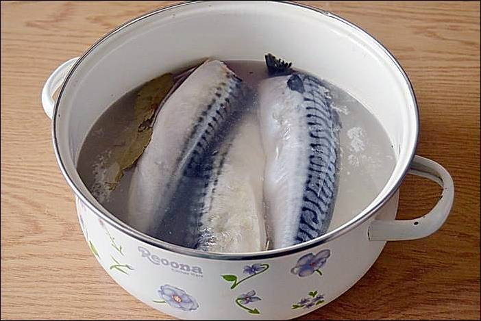 Копчение карася горячим копчением: рецепт как засолить и коптить