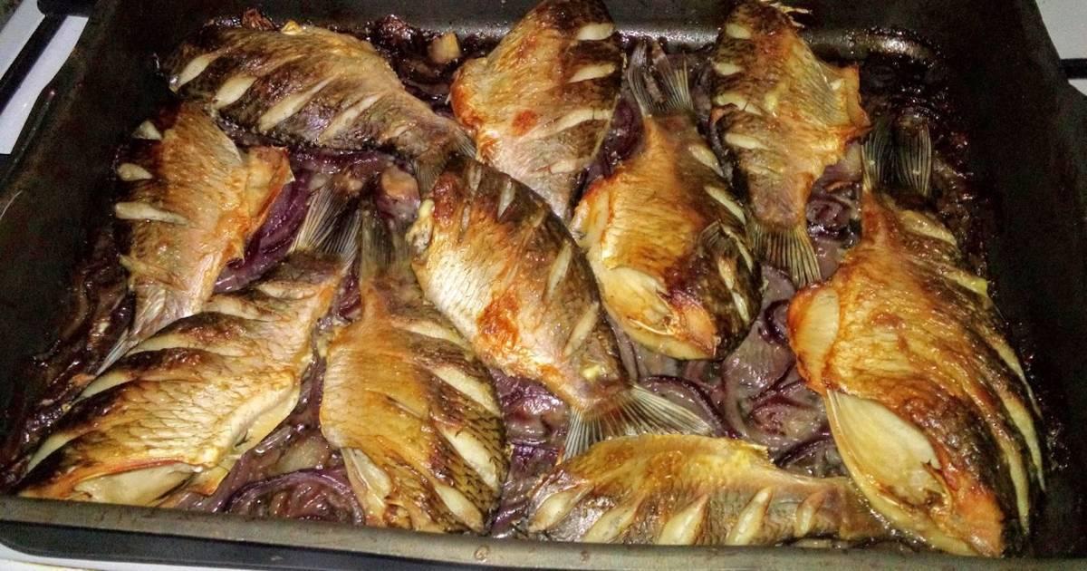 Карась запеченный в фольге в духовке рецепт с фото пошагово - 1000.menu