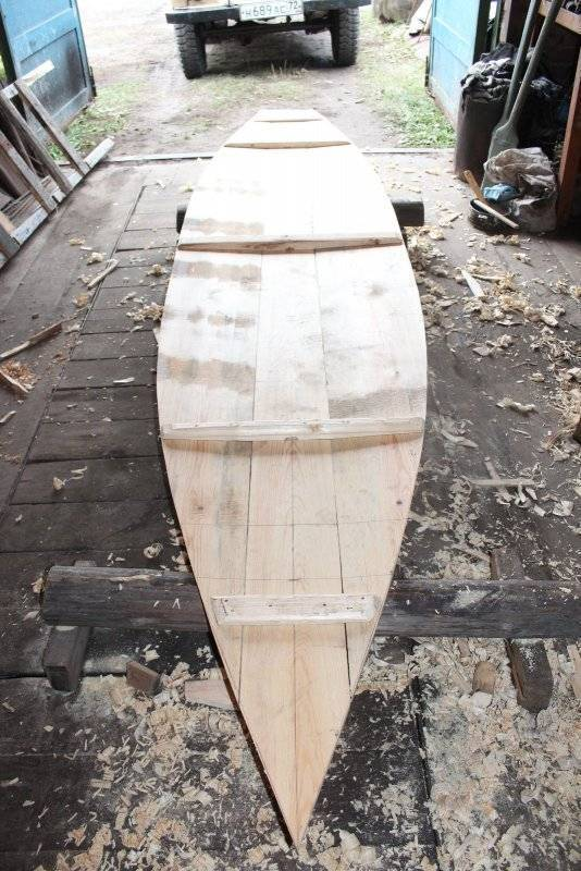 Как сделать лодку из фанеры?