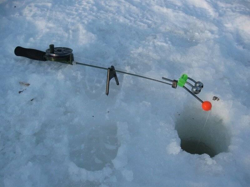 Зимний фидер со льда: оснастка и некоторые тонкости