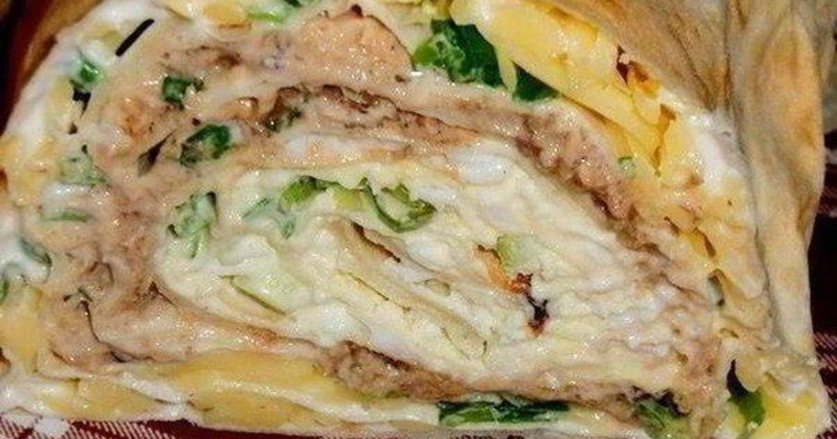 Как приготовить рулет из лаваша с консервированной рыбой по пошаговому рецепту с фото