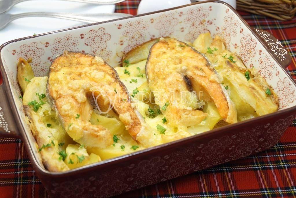 Сочная и вкусная форель в духовке - лучшие рецепты