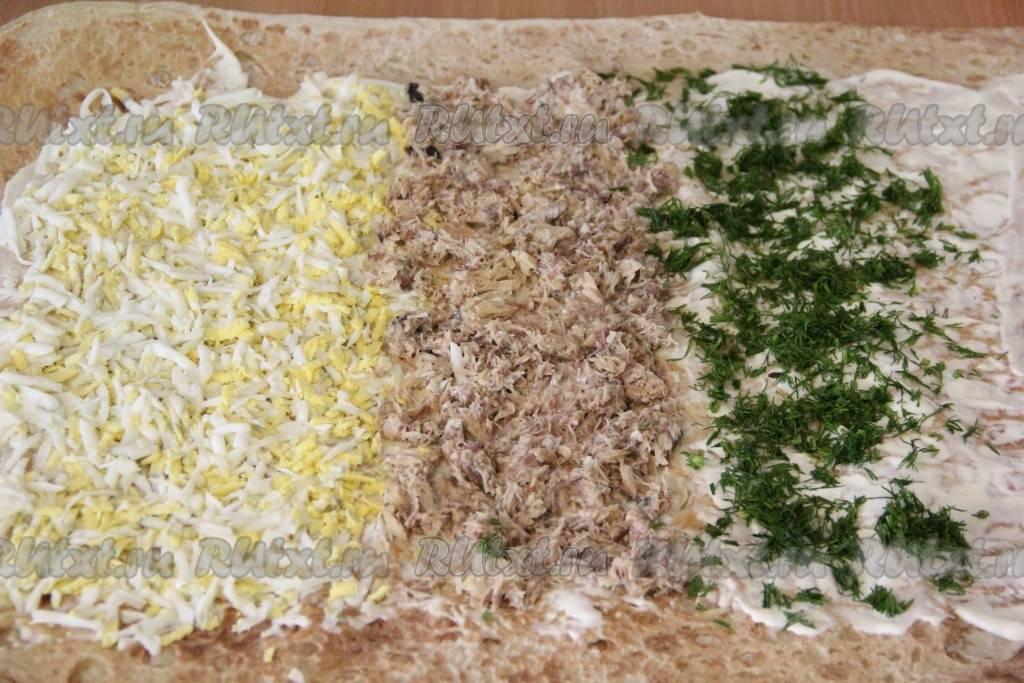 Закуски из лаваша с рыбными консервами – просто и эффектно. горячий пирог и холодные рулеты из лаваша с рыбными консервами