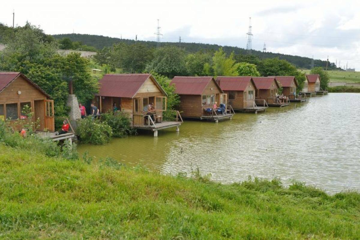 Рыболовная база «рыбацкая деревня» енотаевский район, в астраханской области - цены 2021, фото, отзывы