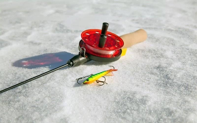 Какие снасти нужны для зимней рыбалки: что взять с собой [2019]
