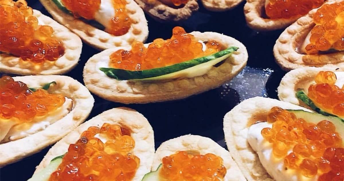 Тарталетки с красной рыбой - рецепты с рыбным муссом, маслом, рикоттой и крабовыми палочками