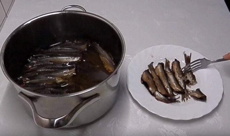 Шпроты из уклейки: рецепт приготовления