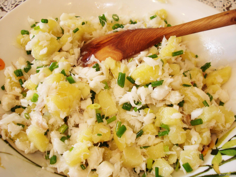 Салат с рыбой (более 100 рецептов с фото) - рецепты с фотографиями на поварёнок.ру