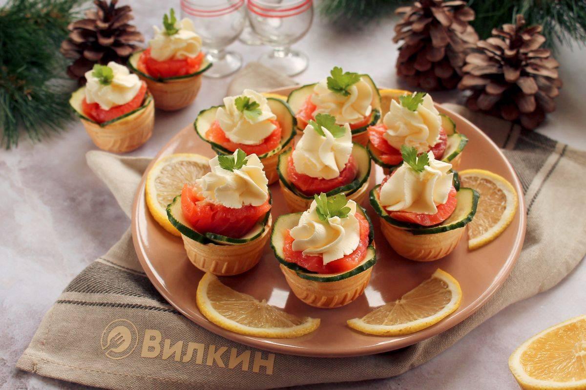 Тарталетки с красной икрой - 10 самых вкусных рецептов с фото пошагово