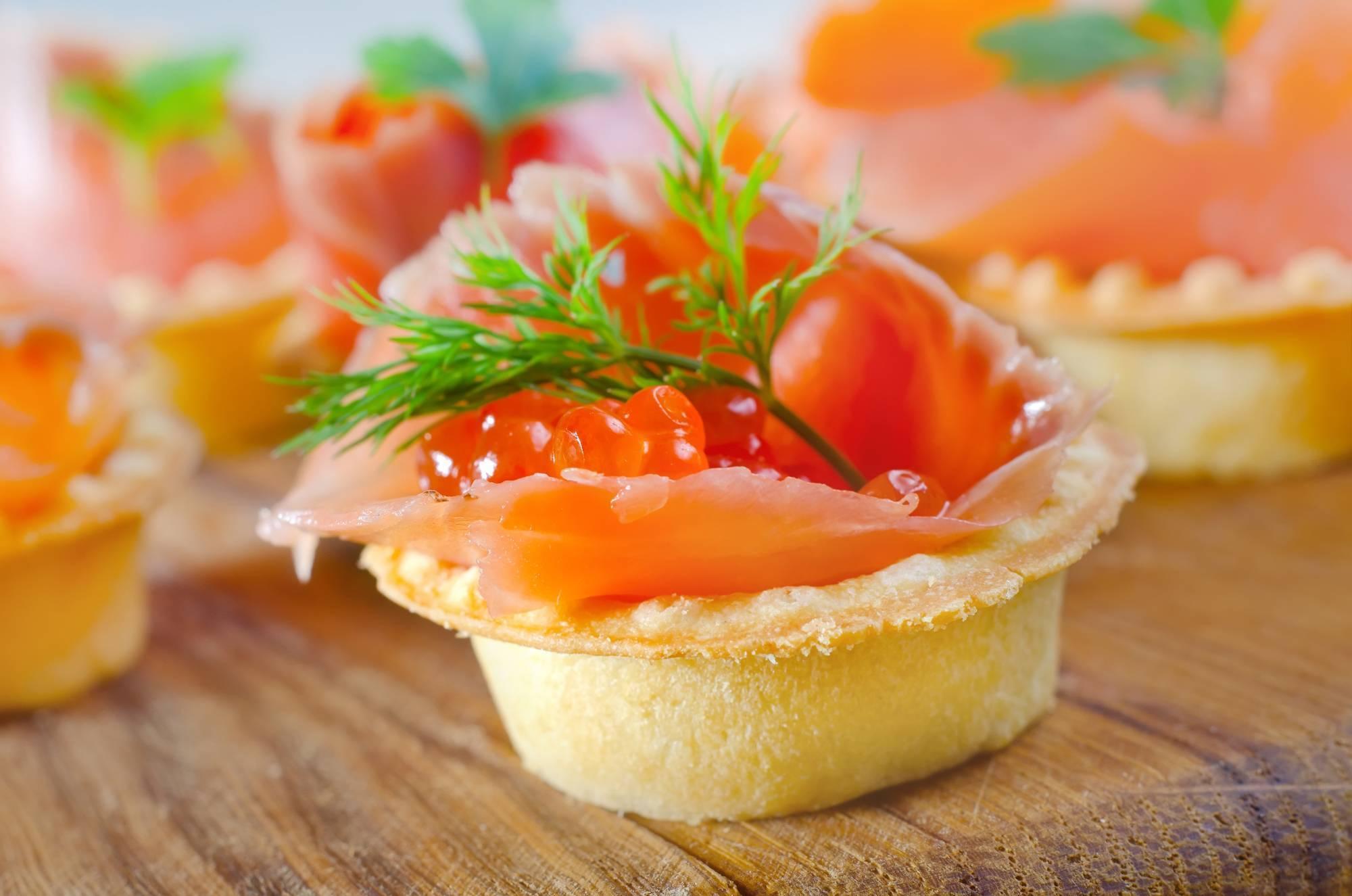 Как приготовить тарталетки с красной рыбой по пошаговому рецепту с фото