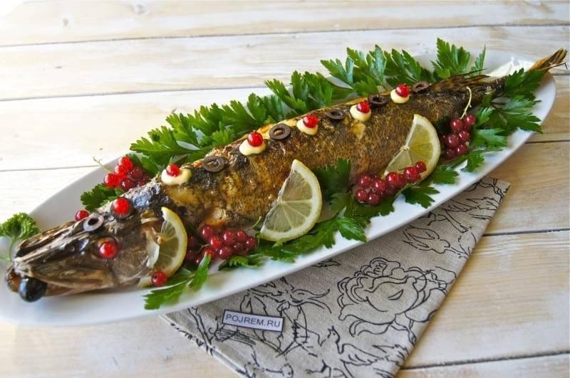 Щука запеченная в духовке целиком — пошаговый рецепт приготовления фаршированной щуки