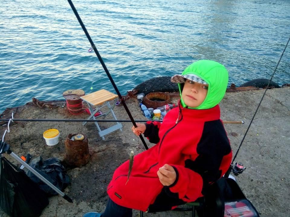 Спиннинг для морской рыбалки с берега: как выбирать лучший