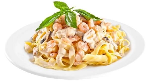 Вкусно и полезно — фетучини с морепродуктами: как правильно приготовить итальянское блюдо