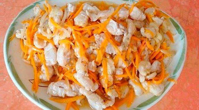 Корейский салат хе из рыбы с морковью
