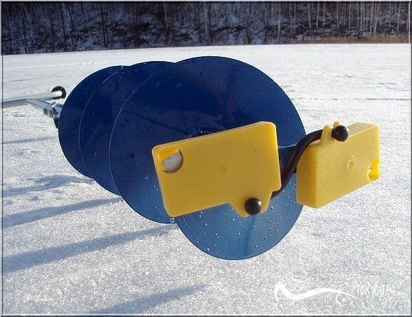 Какой лучше выбрать ледоруб (бур) для зимней рыбалки, характеристики устройства