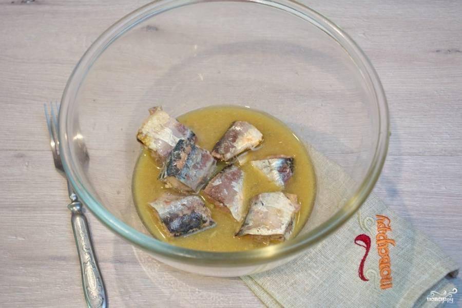 Салат с сайрой - популярное блюдо как в росии так и за рубежом: рецепт с фото и видео